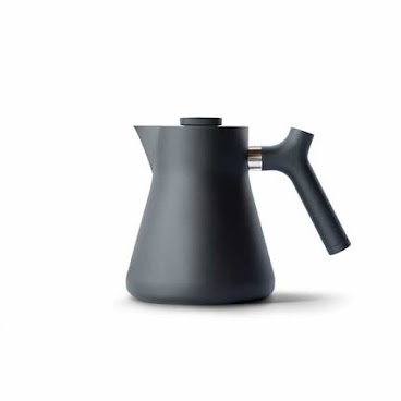 Fellow - Stagg Raven Stovetop Kettle + Tea Steeper