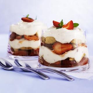 Amaretti and Strawberry Trifle Cups