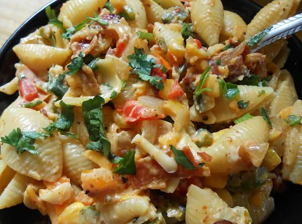 Creamy Garden Vegetable Pasta Salad Recipe
