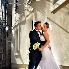 Wedding photographer Robert Sallai (sallai). Photo of 19.04.2018