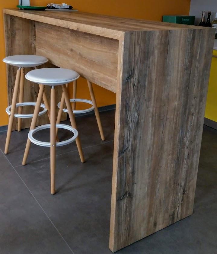 Обеденный стол с HPL пластиком купить в Киеве, Барная мебель под заказ, Мебель HPL