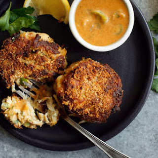 Crab Cakes Baltimore-Style