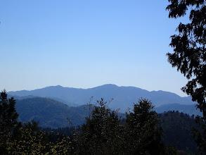 山頂から武奈ヶ嶽アップ
