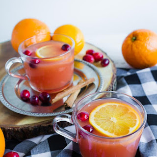 Slow Cooker Holiday Wassail