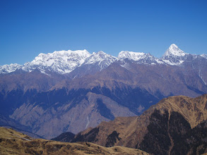 Photo: From L to R: Awesome Chaukhamba Massif, something unknown (Kedar?),  and then Neelkanth