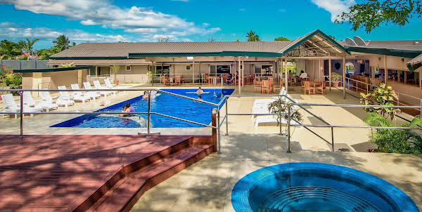 Tanoa Skylodge Hotel