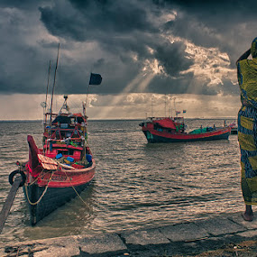 storm comming by  Bivahasutra Wedding Photography - People Street & Candids
