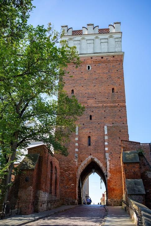 Sandomierz, Brama Opatowska