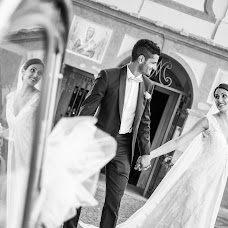 Wedding photographer Mattia Corbetta (johnoliverph). Photo of 08.09.2017
