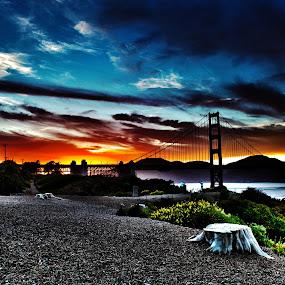 Sunset at Golden gate bridge by Alex Sam - Landscapes Sunsets & Sunrises ( waterscape, sunset, landscape )