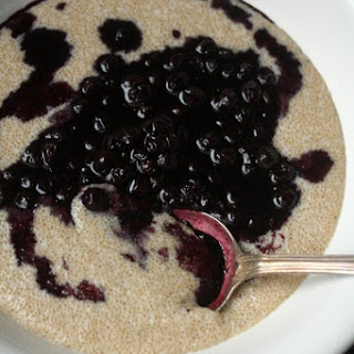 Amaranth Breakfast Porridge with Blueberry Compote