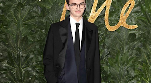 Isaac Hempstead Wright's 'intense stare' is because he is 'blind'