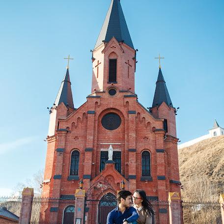 Wedding photographer Akhat Abdulnazyrov (AAhat). Photo of 16.04.2017