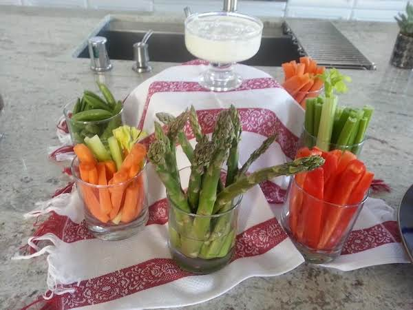 Crudite With Tarragon Blue Cheese Dip Recipe