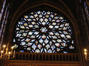 Photo: The rose window in back was added in the 15th century.