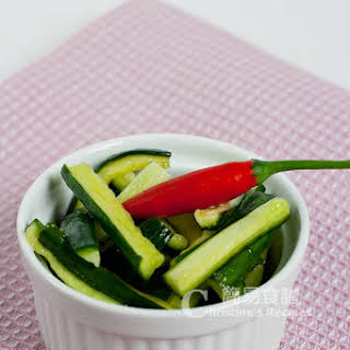 Sweet and Sour Cucumber (酸甜青瓜).
