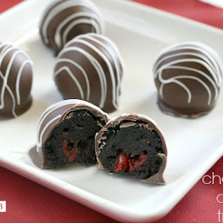 EASY CHOCOLATE CHERRY TRUFFLES.