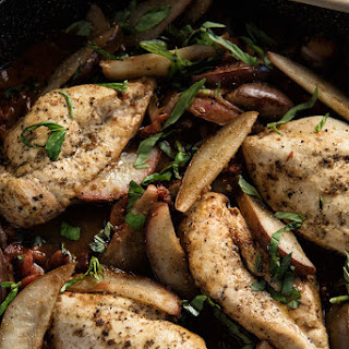 Chicken With Balsamic Pears