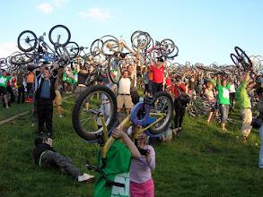 Photo: Critical Mass, bringaemelés a Királydombon – 2008