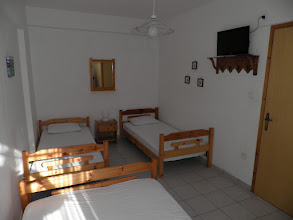 Photo: Το δεύτερο δωμάτιο του διαμερίσματος 28-Second room of apartment No 28
