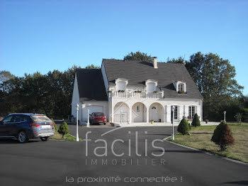 villa à La Chapelle-Hugon (18)