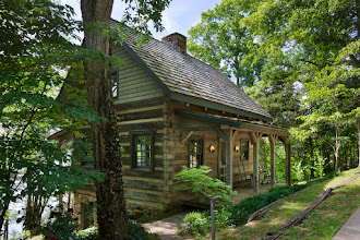 Photo: Exterior, horizontal, overall 3/4 view of guest cabin, Giles residence, Dandridge, Tennessee; Hearthstone Homes