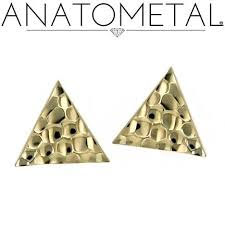 """""""Hammered triangle"""", 18k (push fit)"""
