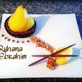 ~ Spiced Poached Pear ~