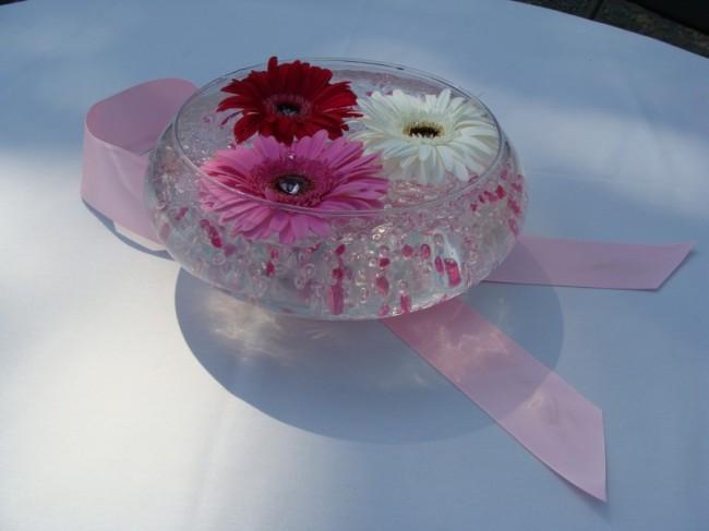 breast cancer awareness wedding centerpieces weddingwire. Black Bedroom Furniture Sets. Home Design Ideas