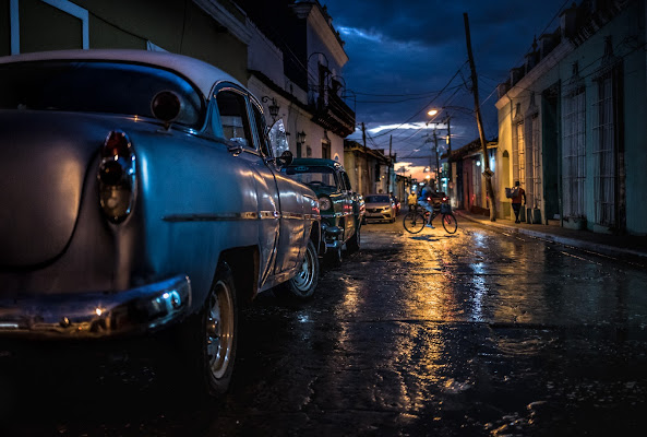 Night streets of Trinidad di Marco Tagliarino