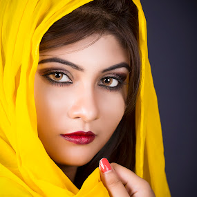 by Red Photography - People Portraits of Women (  )