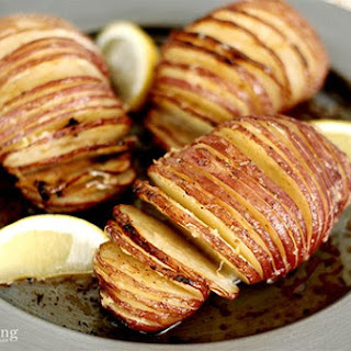 Lemon Pepper Butter Hasselback Potatoes
