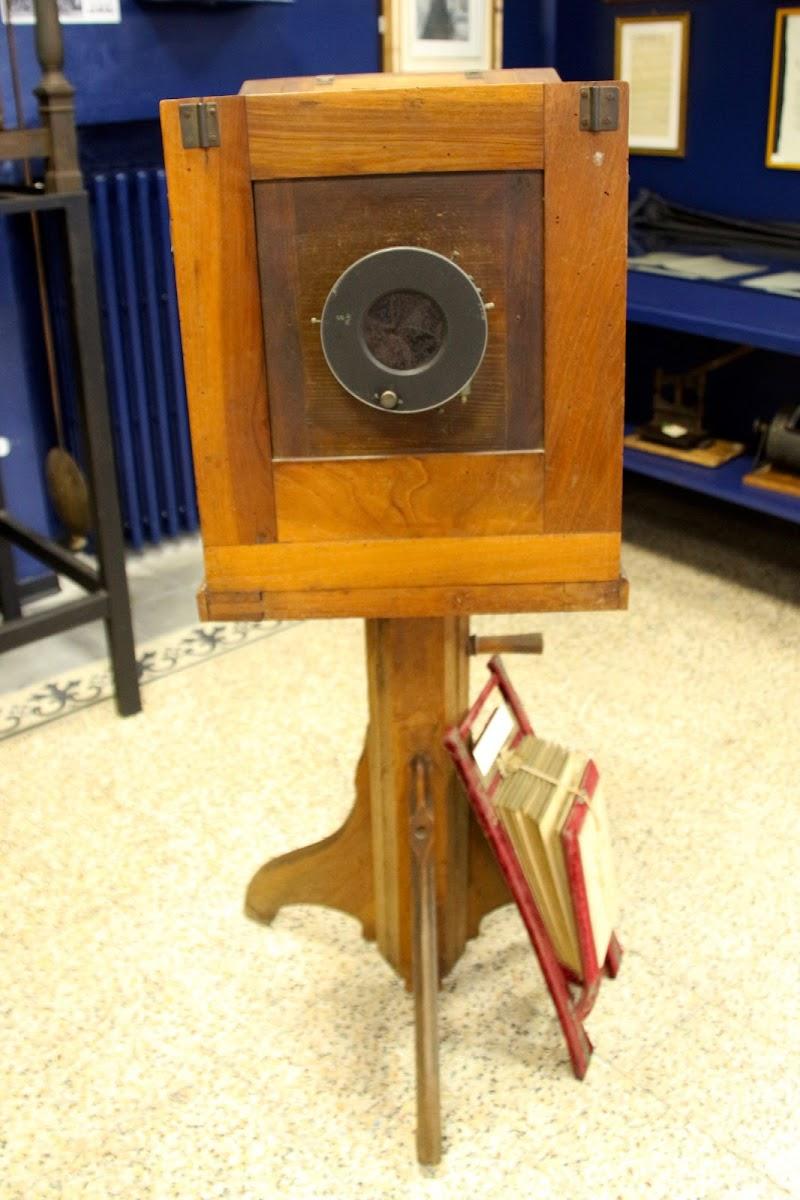 La vecchia macchina fotografica di c