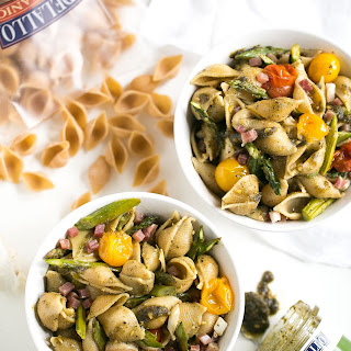 Whole Wheat Pasta Salad with Pesto, Asparagus and Roasted Tomatoes.