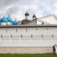Wedding photographer Aleksandr Karpov (AleksandrK). Photo of 25.12.2012