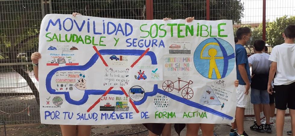 Cartel diseñado por los estudiantes para la marcha de este miércoles.