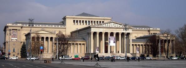 Photo: A múzeum megtervezésére 1898-ban írtak ki pályázatot, melyek közül Schickedanz Albert és Herzog Fülöp tervét választották -- az épület 1900 és 1906 között épült fel