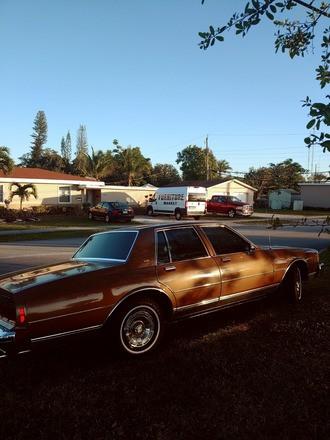 Chevy Caprice Classic Hire FL