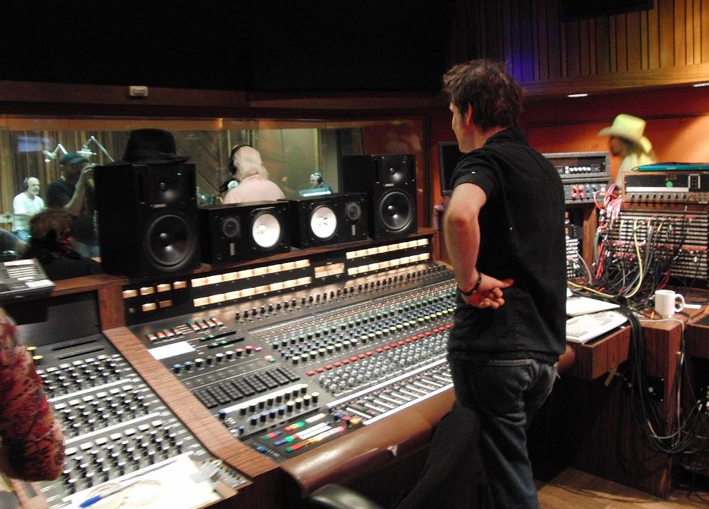 Warren hybrid mixing analogue digital