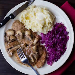 Jaegerschnitzel (Pork Cutlet with Mushroom Gravy).