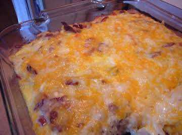 FULLY LOADED BREAKFAST CASSEROLE