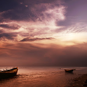 Digha in the evening by Subrata Kar - Landscapes Beaches ( water, sky, cloud, sea, beach, boat )