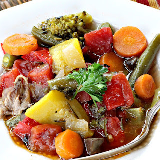 Slow Cooker Beef and Vegetable Soup Recipe