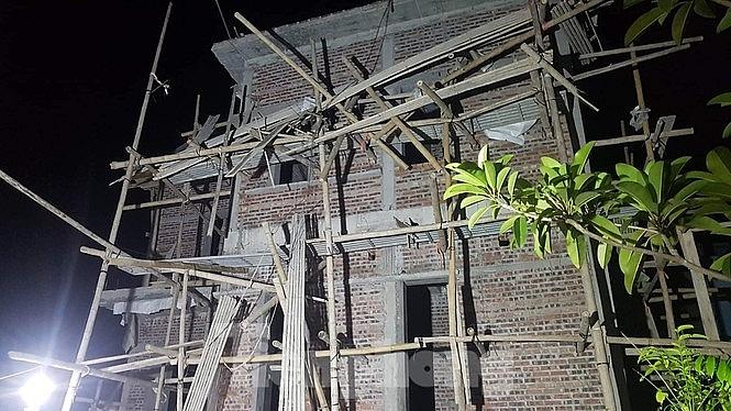 Thái Bình: Sập mái nhà đang thi công, 2 thợ xây tử vong - Ảnh 3