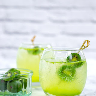Kiwi Berry Collins