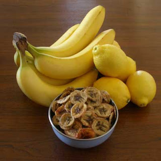 Oven-dried Banana Chips.