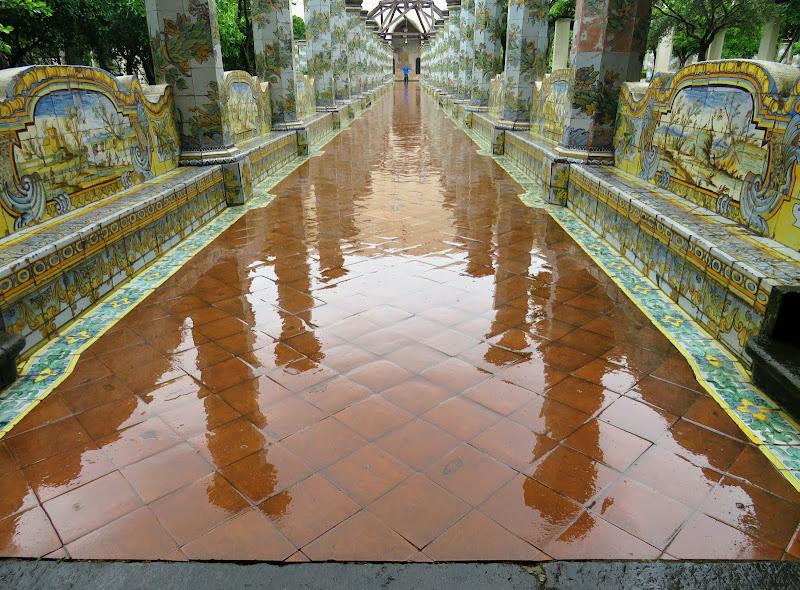 Napoli bagnata di Giorgio Lucca