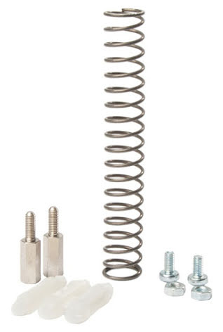 Distanssats RS-630 (distans och skruv för att montera RS-630 kort i RS-600 kapsl