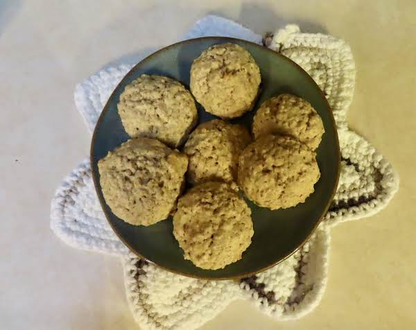 These Are An Old Fashioned Oatmeal Cookie. My Grandmother And Mother Made These.