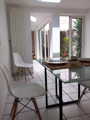 Location maison meublée 4 pièces 84 m2